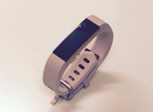 私の買ったFitbit AltaHR ピンクローズゴールド